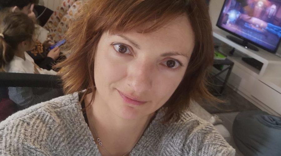 Angela Mota, gestionnaire de paie Freelance