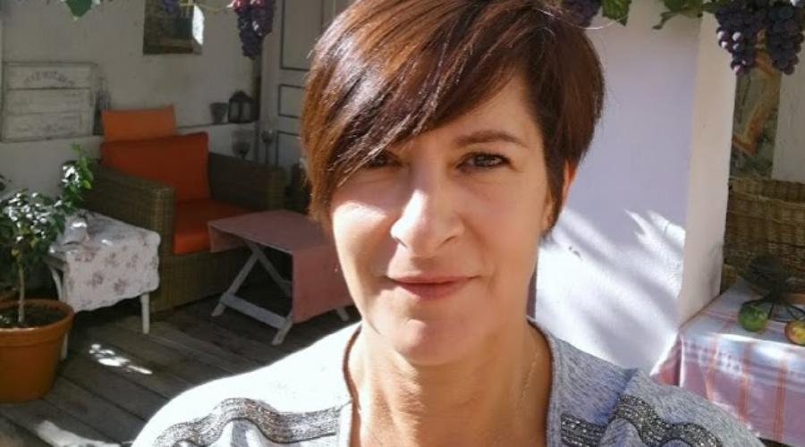 Sophia Furlan, esthéticienne freelance